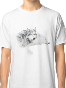 gray wolf and white wolf Classic T-Shirt