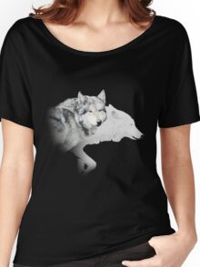 gray wolf and white wolf Women's Relaxed Fit T-Shirt