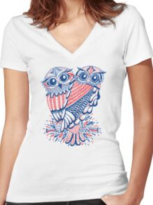 Owls – Navy & Red Women's Fitted V-Neck T-Shirt