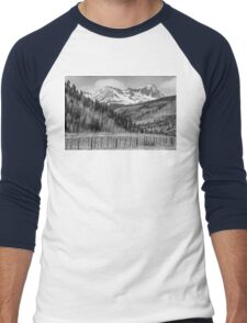 Valley and Rocky Mountains in Black and White Men's Baseball ¾ T-Shirt