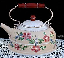 Handpainted Teakettle by June Holbrook
