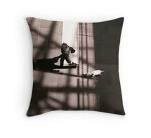 L'ombre De Ta Main, L'ombre De Ton Chien Throw Pillow
