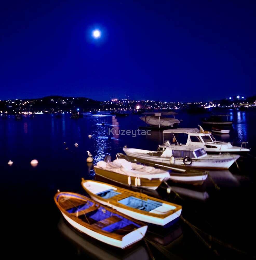 Istanbul Nights by Kuzeytac