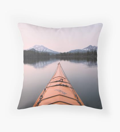 Sparks Lake kayak, Oregon Throw Pillow