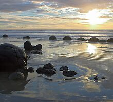 Moeraki , New Zealand by Christopher Barton