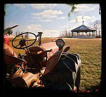 Tractor by RobertCharles