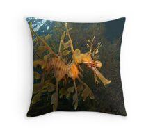 Leafy Seadragon. Throw Pillow