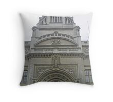 Exterior architecture of a classical building (museum) in London Throw Pillow