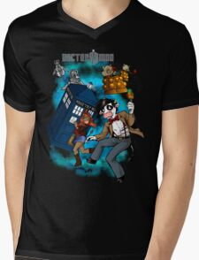 Doctor Moo vs the Baaleks and CyberHens Mens V-Neck T-Shirt