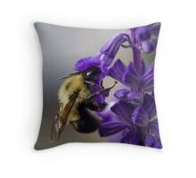 Bumble bee doing lunch Throw Pillow