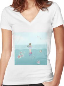 Day at the Ocean Women's Fitted V-Neck T-Shirt