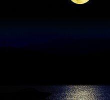 Full moon in Halkidiki, Makedonia, Greece by makedon