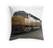 6936 The Worlds Largest Diesel Locomotive Throw Pillow
