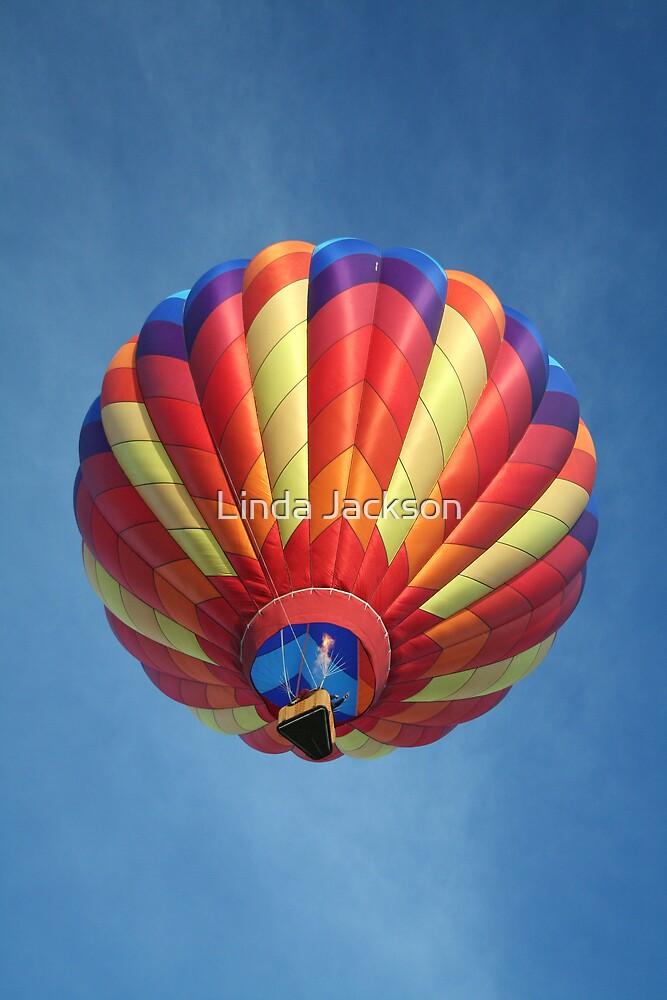 High flying balloon, turning up the burn! by Linda Jackson