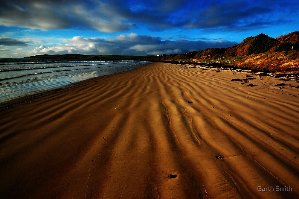 Tide Lines in the Sand by Garth Smith