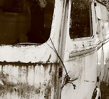 Renault Camper Van with split screen by AbsintheFairy