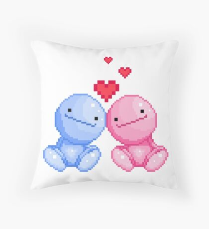 Nohohon in love Throw Pillow
