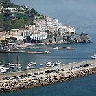 Amalfi, Italy by longaray2