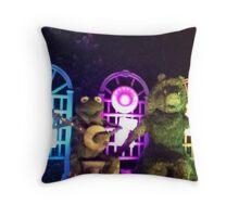 Kermit and Miss Piggy- EPCOT Flower and Garden Show Throw Pillow