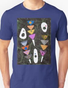 Retro atomic triangles abstract collage art Unisex T-Shirt
