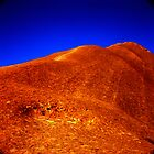Uluru by seanseen