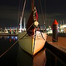 Calm at Docklands by RichardIsik