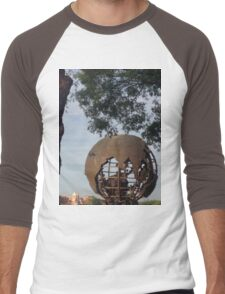Globe- IllumiNATIONS Men's Baseball ¾ T-Shirt