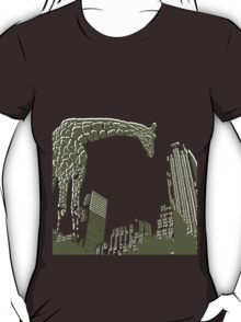 Huge giraffe animal in the big city  T-Shirt