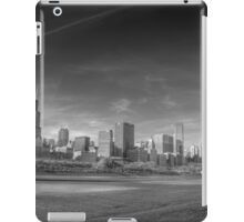 Chicago City Skyline From Grant Park iPad Case/Skin