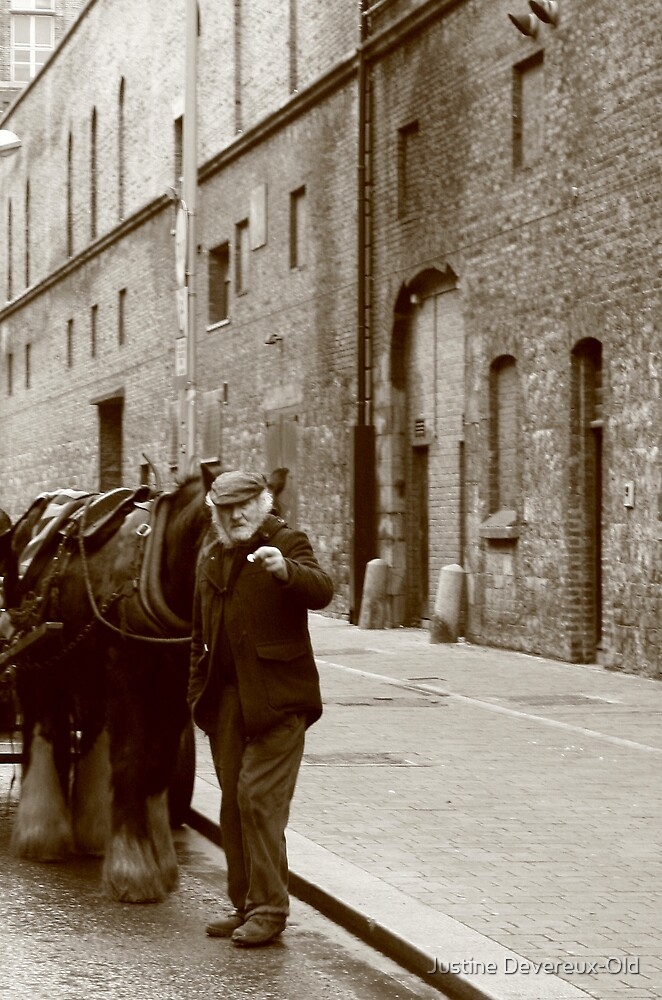 Guiness old-style by Justine Devereux-Old