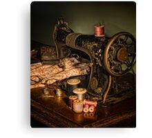 vintage sewing machine Canvas Print