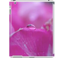 Droplet on petal iPad Case/Skin