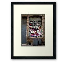 Lille graffiti Framed Print