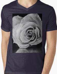Black and white rose. Mens V-Neck T-Shirt