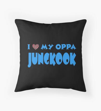 I HEART MY OPPA JUNGKOOK  - BLACK  Throw Pillow