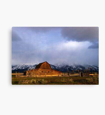 Moulton Barn, Mormon Row - Teton Sunrise Canvas Print