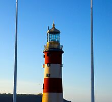 Plymouth Hoe Lighthouse by elyptika