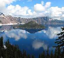 Crater lake oregon by carpenter777