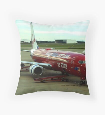 Boeing 737-800 Throw Pillow