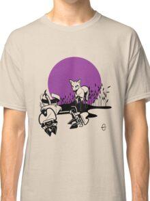 Mechanical Debris: Robot Legs T-Shirt Classic T-Shirt