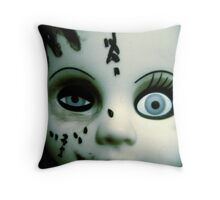 Slave to beauty Throw Pillow