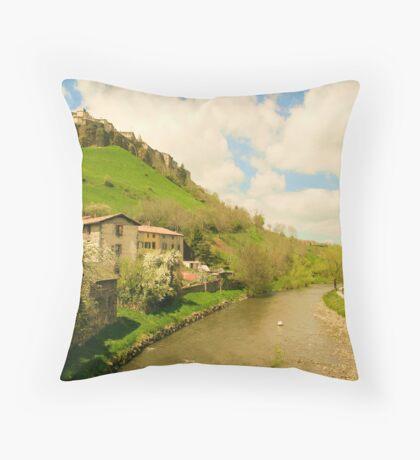 Loire Hazar! Throw Pillow