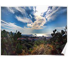 Nuvole in fuga sui Faraglioni di Acitrezza Poster