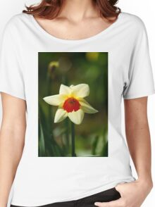 Backlit Narcissus Women's Relaxed Fit T-Shirt