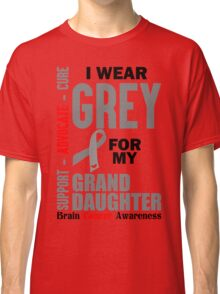 I Wear Grey For My Granddaughter (Brain Cancer Awareness) Classic T-Shirt