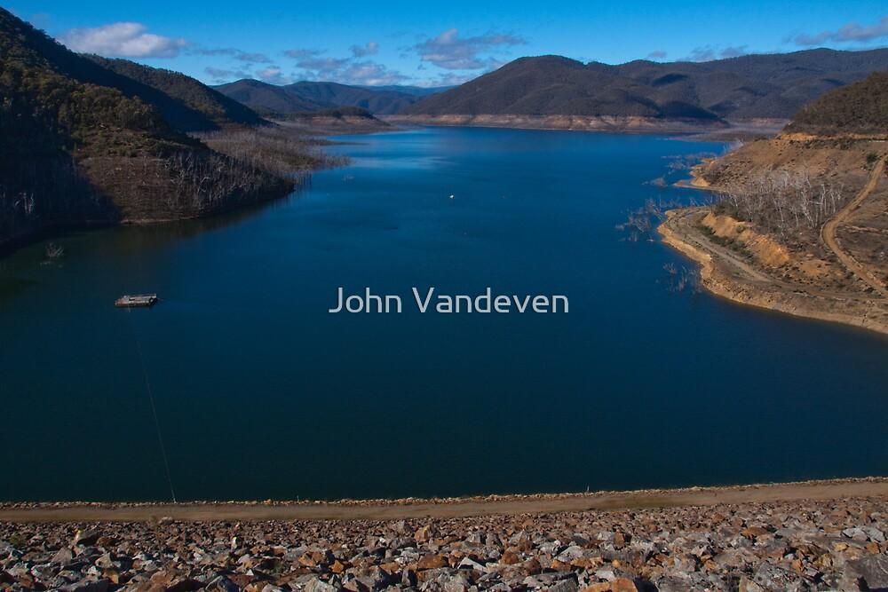 Dartmouth Dam by John Vandeven