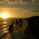 Twelve Apostles, sunset by mmanni