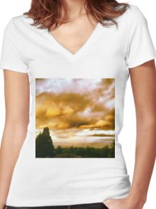 Gilted Skies Women's Fitted V-Neck T-Shirt