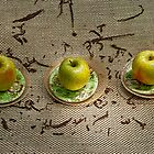 3 apples composition by Robyn Bohlen