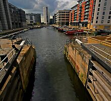 CLARENCE DOCKS  by MIKESCOTT